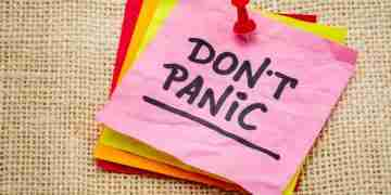 10 Triggers & Signs Of A Panic Attack